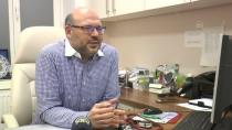 Avusturya'da Kovid-19 aşısı yaptıran Türk doktorlardan ''aşı normale dönüş için bir fırsat'' vurgusu